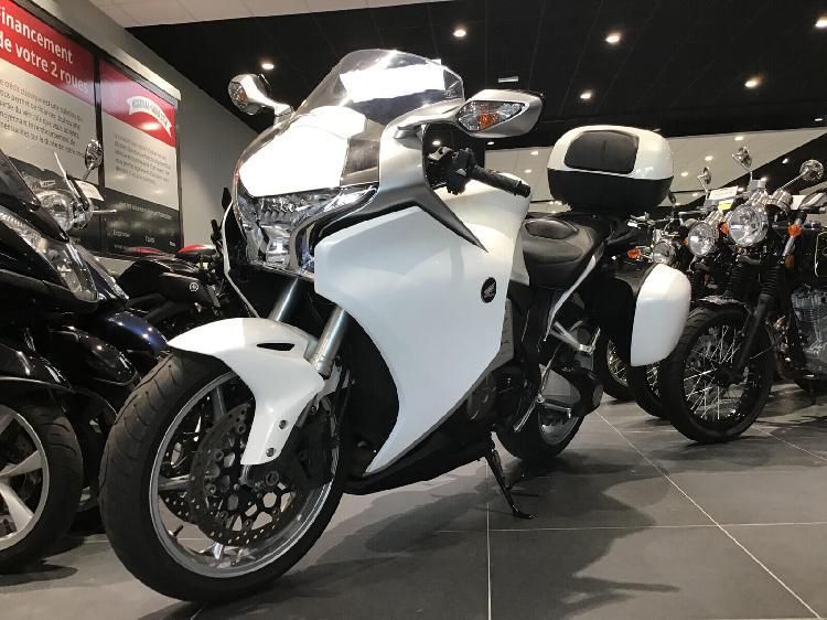Honda vfr essence ploeren 56 | 7190 euros 2010 16101158