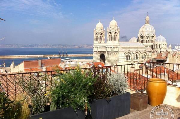 location appartement loft terrasse vue mer/panier
