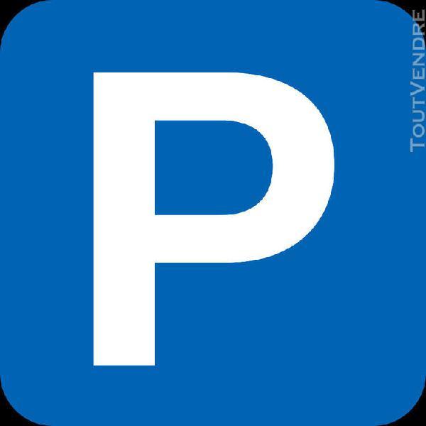 Parking / box orleans quartier sonis