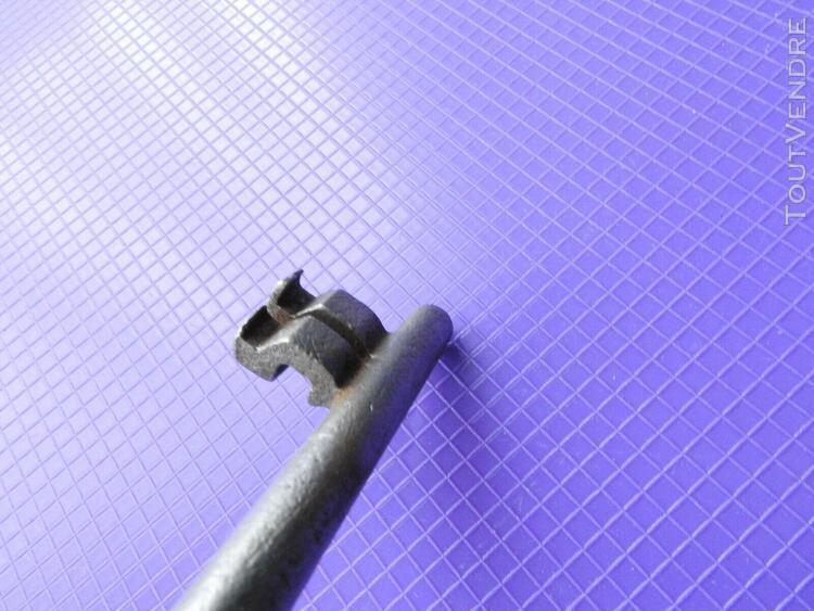 Cle clef pour serrure ancienne porte portail door keys schlu
