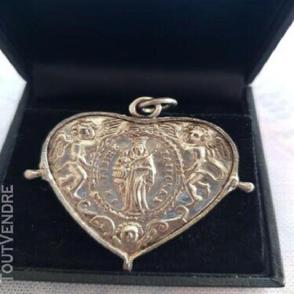 Medaille coeur en argent 18eme siecle st benoit