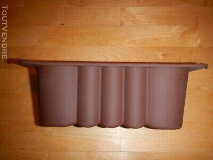 Moule a cake silicone junior - tupperware - etat neuf