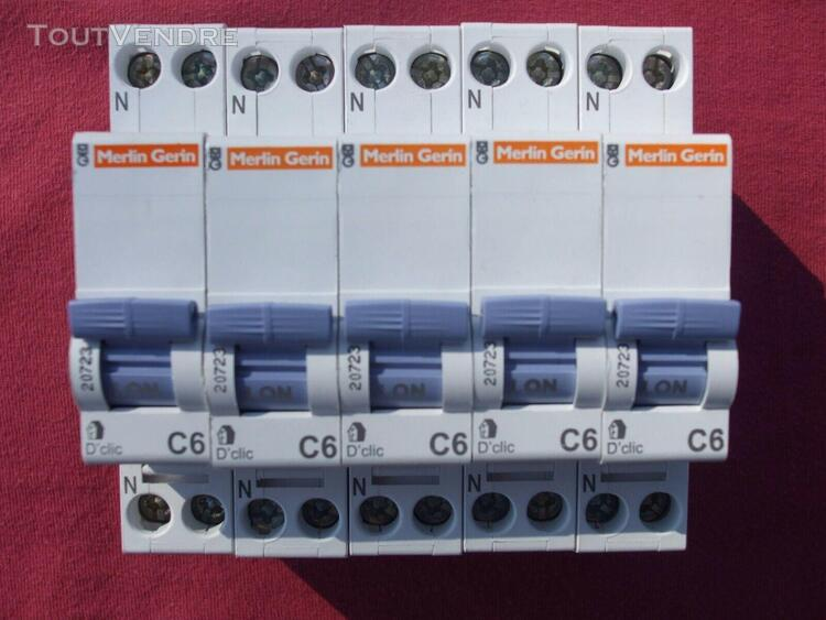 Réf 20723 lot 5 disjoncteurs magneto thermique merlin gerin