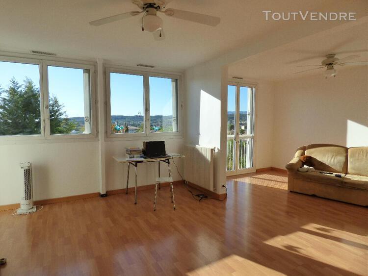 Vente à pertuis un appartement 4 pièces de 75 m2 proche