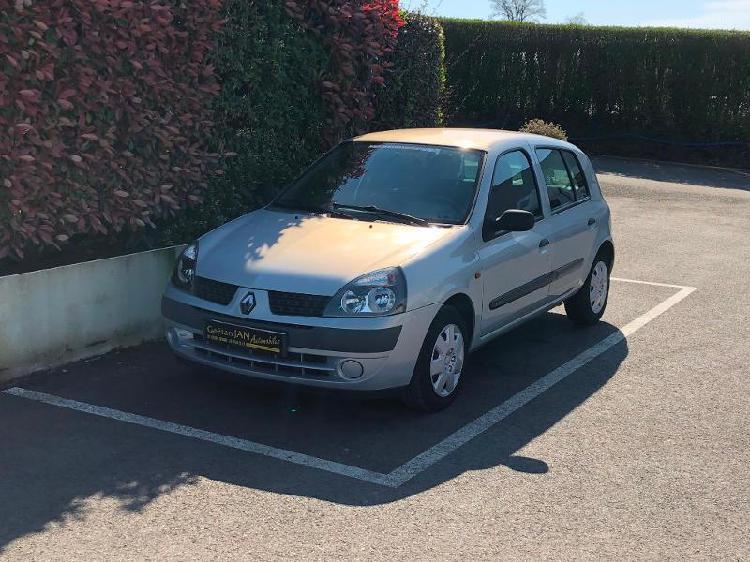 Renault clio 2 essence cesson-sevigne 35 | 3490 euros 2001