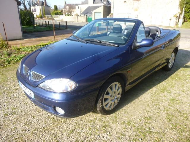 Renault megane cabriolet essence conlie 72   5000 euros 2002