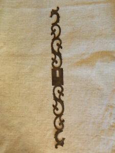 Ancienne entrée serrure porte armoire meuble fer forgé
