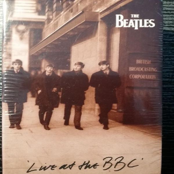 "Cassettes beatles ""live at the bbc"" occasion, rouelles"