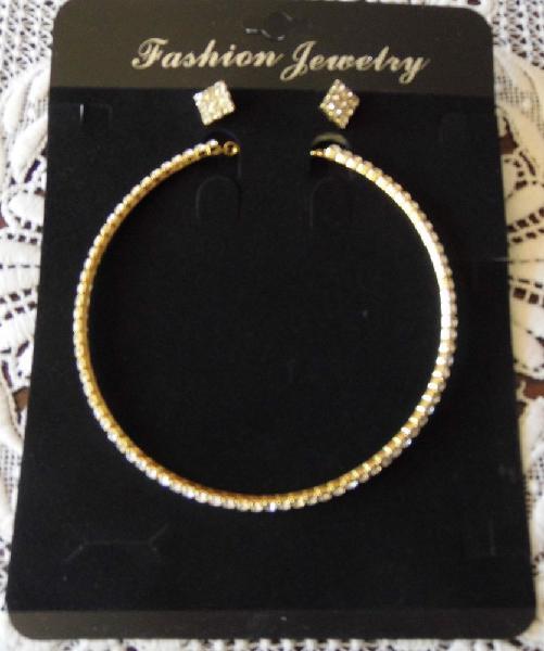 Parure de bijoux strass 3 pièces neuve occasion, jorquenay