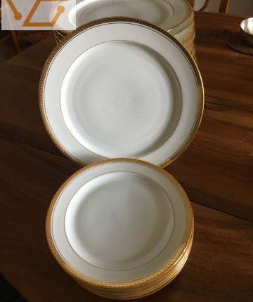 Vaisselle en porcelaine neuf