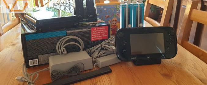 Wii u + 4 jeux mario + 2 wiiremote plus. trè...