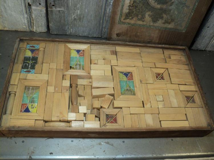 Ancien jeu de construction château à monter en bois