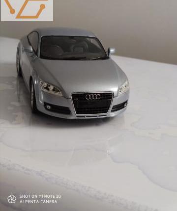 Audi tt minichamp 1/18