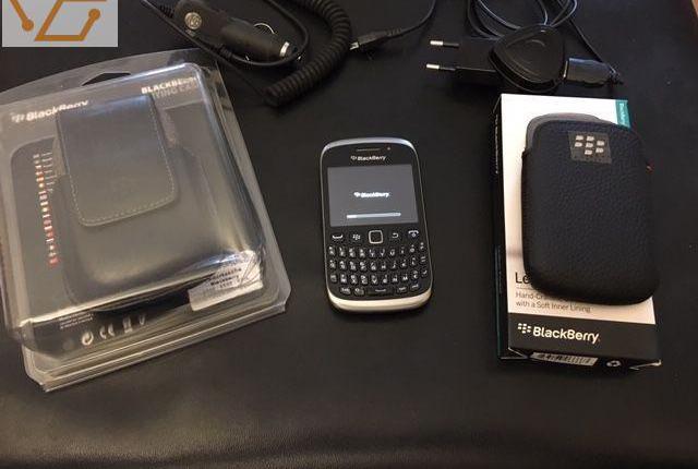 Blackberry curve 8520 noir en tres bon etat