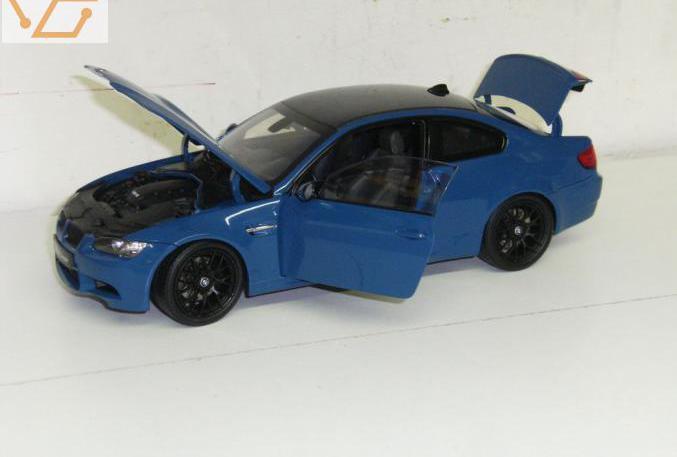 Bmw m3 e92 bleue kyosho