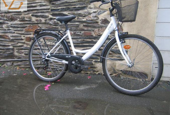Vélo vtc 26 pouces femme