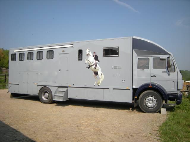 camion pl 5 places mercedes 1922