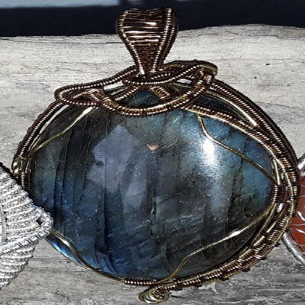 Pendentif fait main pierre semiprecieuse unique/collector,