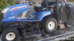 Tracteur tondeuse autoporté