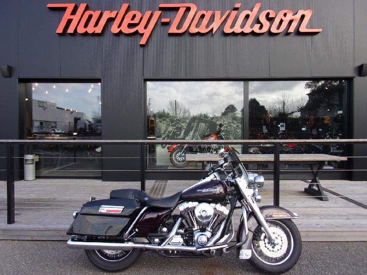 Harley davidson road king essence boe 47 | 10490 euros 2005