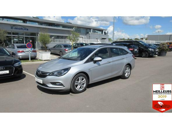 Opel astra sports tourer connect cdti 110 + gps
