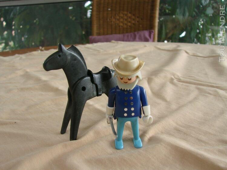 Playmobil vintage general nordiste avec cheval