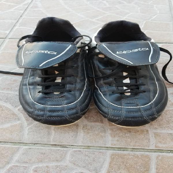 Chaussures de football kipsta occasion, marguerittes (30320)