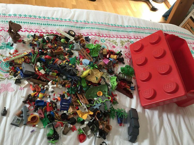 Gros lot en vrac de playmobil avec de nombreux animaux !
