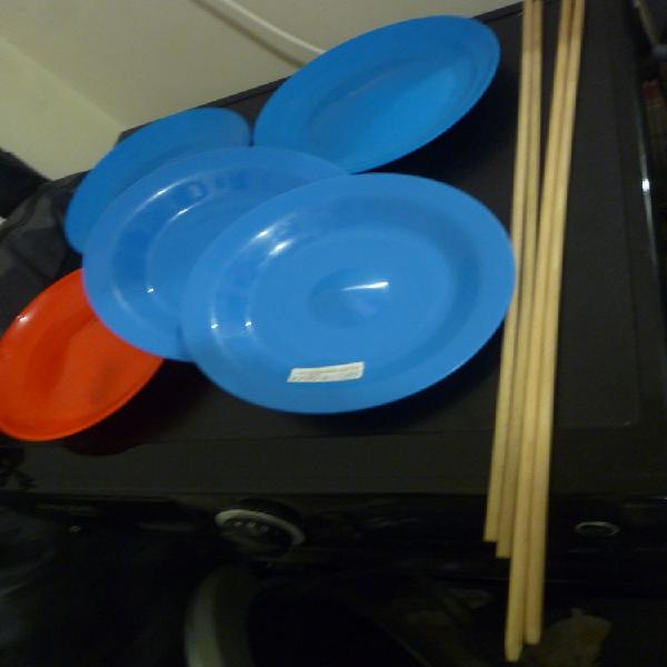 Kit de jonglerie assiette tournante avec baguette en bois et