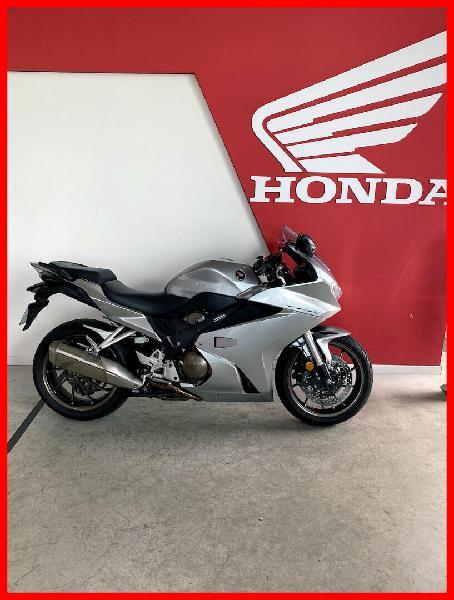 Honda vfr essence hauconcourt 57 | 8990 euros 2017 16251373