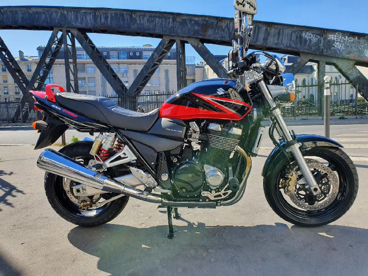 Suzuki gsx essence paris 10 75 | 5190 euros 2004 16251441