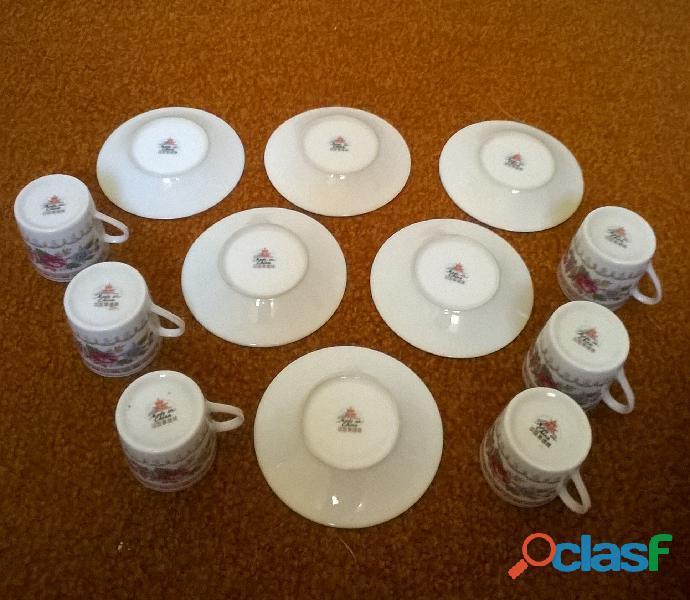 Service à café – 6 petites tasses en porcelaine 3