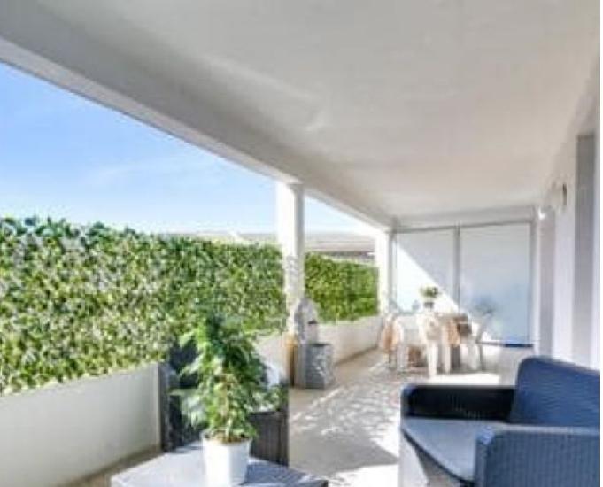Anglet centre t2 gd confort terrasse 24 m² + wifi + équip