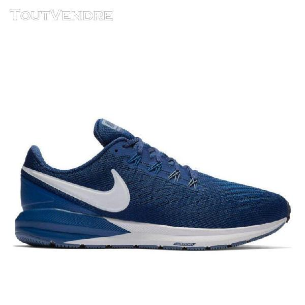 Baskets basses nike air zoom structure 22