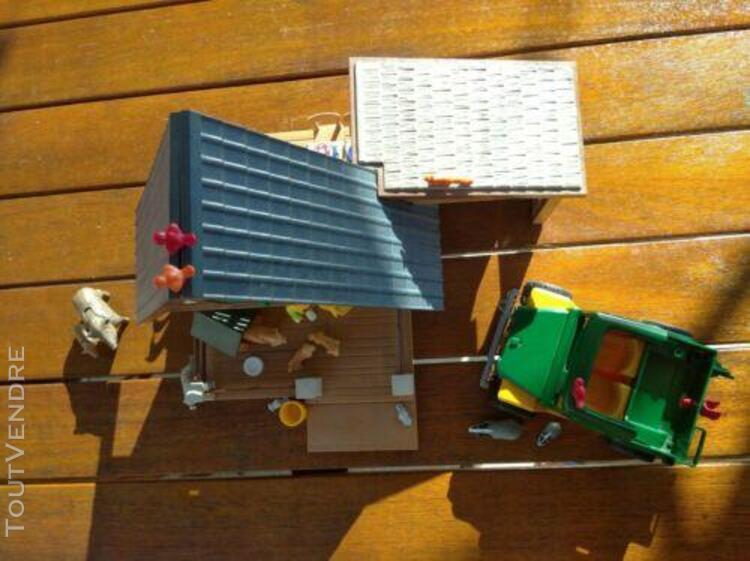 Playmobil maison et voiture forestière