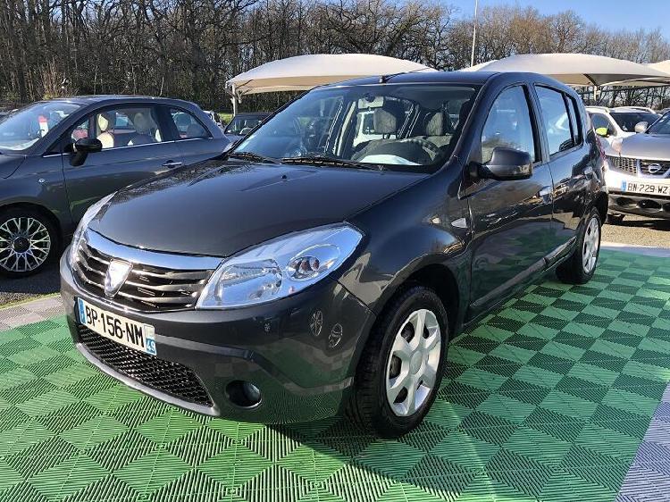Dacia sandero diesel beaucouze 49 | 4990 euros 2011 15649170