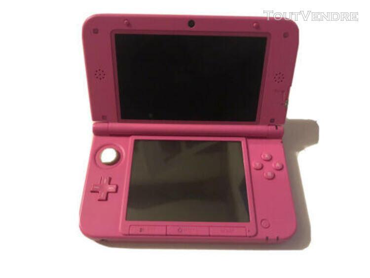 Nintendo 3ds xl rose avec 3 jeux et chargeur, fonctionne