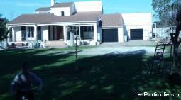 Sud de nimes grande maison sur 3000 m2