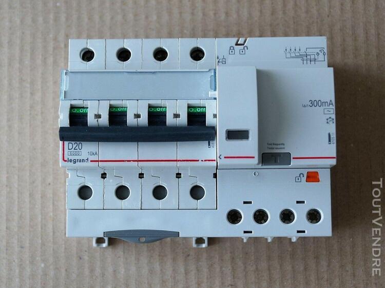 Disjoncteur dx³6000 4p 20a courbe d + différentiel 300ma -
