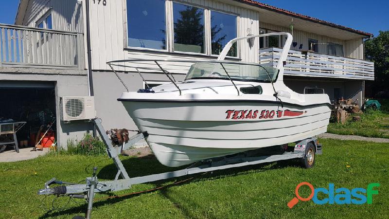 2004   TEXAS 530