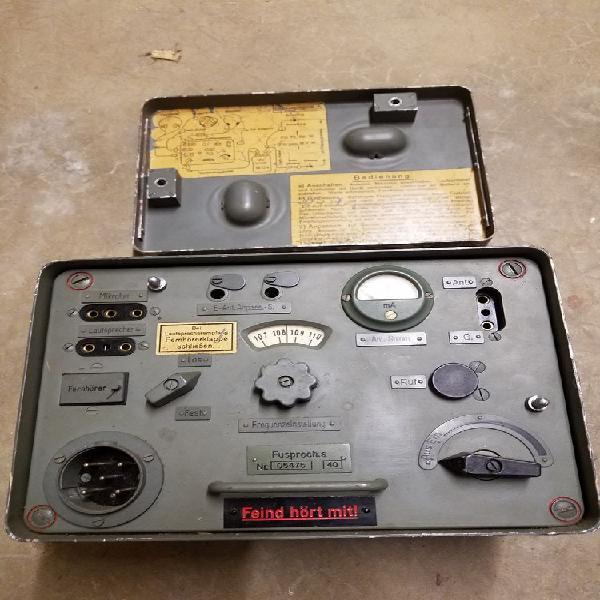 Radio portable militaire campagne unique/collector, reims