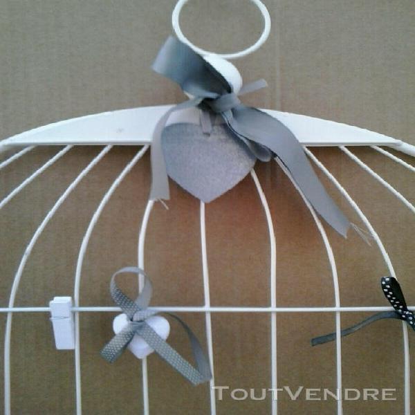 Support pour photos ou messages en forme de cage à oiseaux,