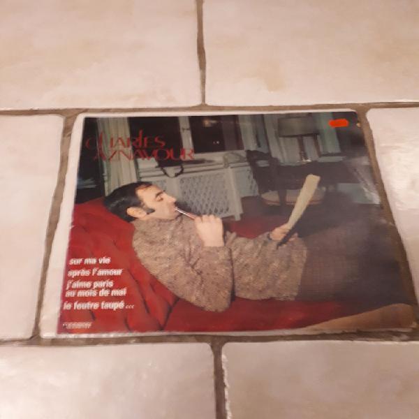 Vinyles 33t+45t charles aznavour occasion, saint-zacharie
