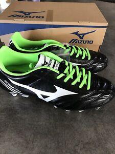 Crampons chaussures mizuno lacets football monarcida mix