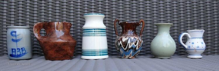 Lot de 6 vases et pichets divers en céramique