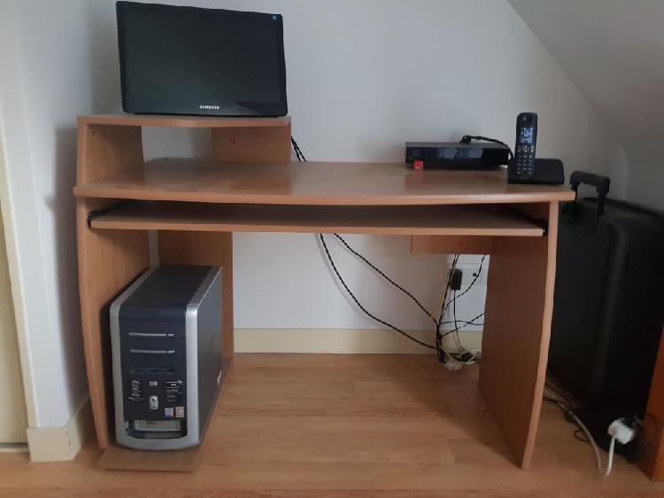 Bureau neuf, baden (56870)
