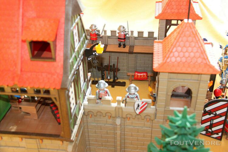 Playmobil. château fort 3667 avec maison 6463 + une tour,