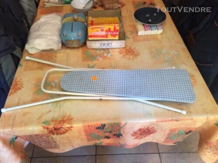 Table a repasser poupee jouet ancien