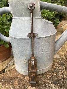 Poignée de porte ancienne en fer forgé à loquet,clenche