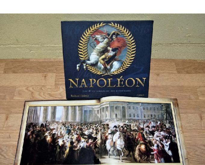 Coffret livre napoleon très beau modèle.. en parfait état